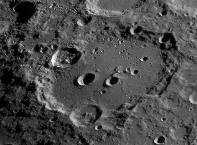 Clavius-08-23-08.jpg